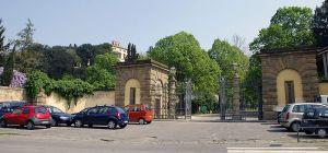 800px-Il_Boschetto_-_Main_Entrance_-_via_di_Soffiano_